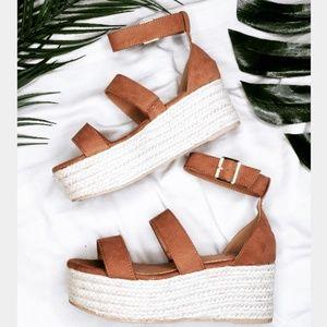 Shoes - 🆕️//The Safari// Camel platform Espadrilles